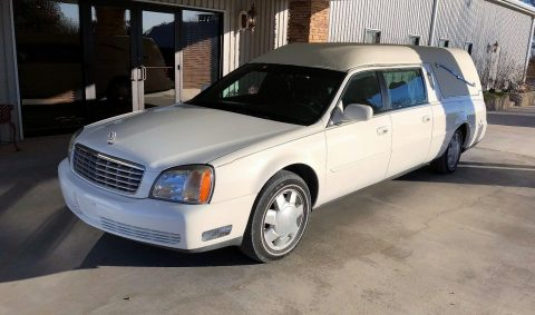 2001 Cadillac Hearse in good working condition for sale
