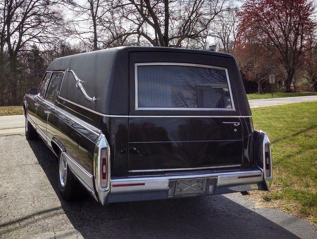 NICE 1992 Cadillac Fleetwood Brougham
