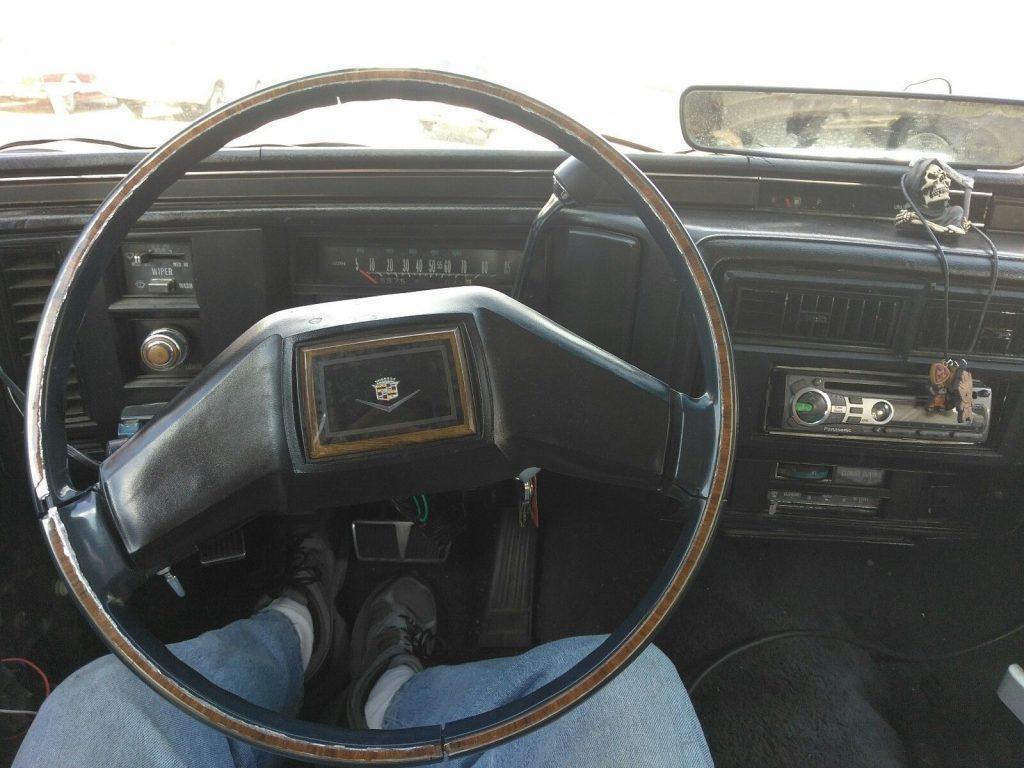 NICE 1981 Cadillac Fleetwood