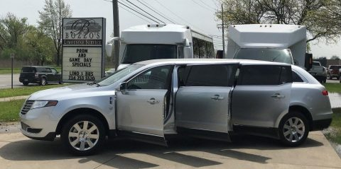 2017 Lincoln MKT Limousine in GREAT CONDITION for sale