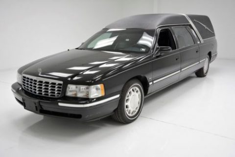 BEAUTIFUL 1997 Cadillac DeVille for sale