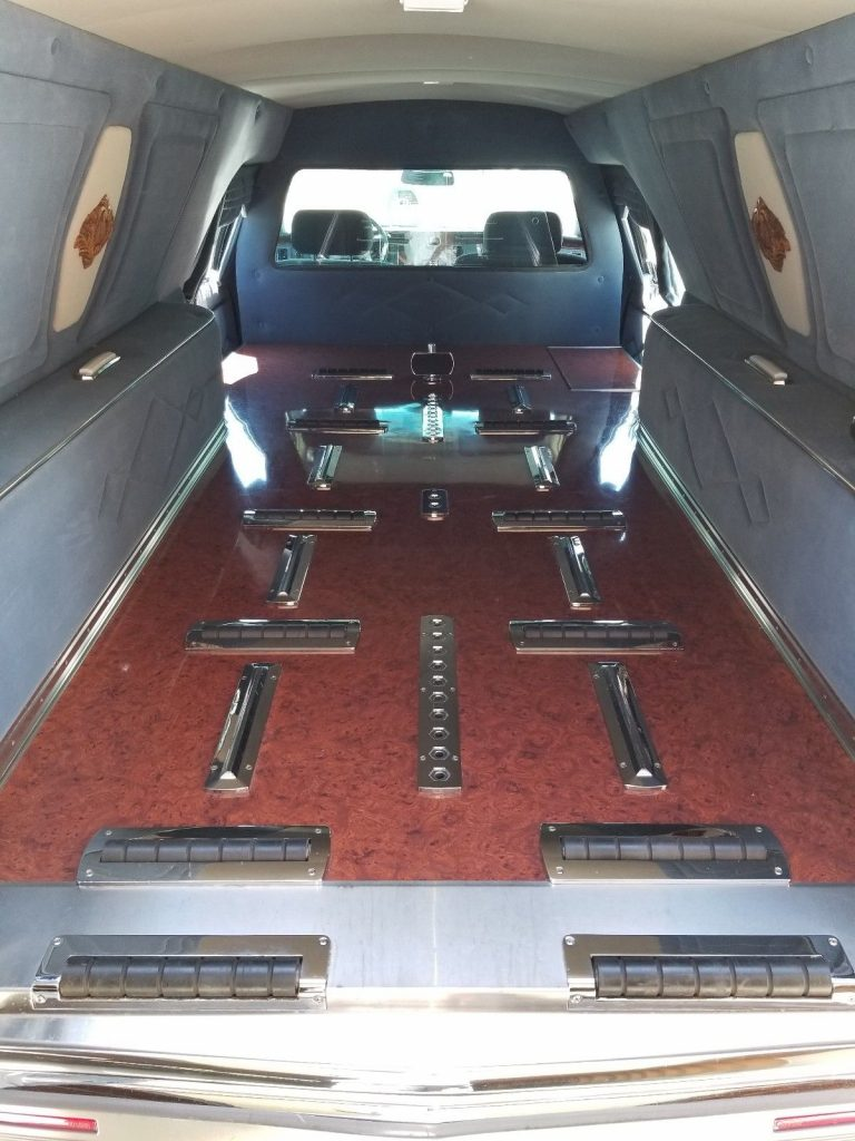 VERY NICE 1996 Cadillac Fleetwood Hearse