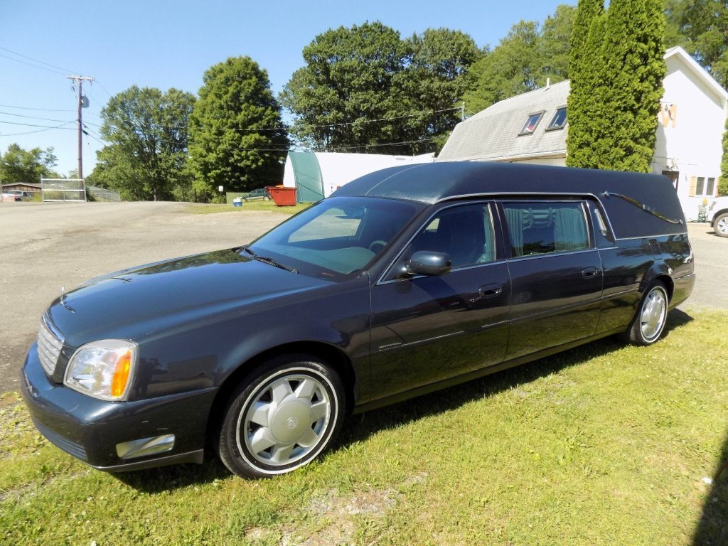 VERY NICE 2000 Cadillac DeVille Hearse