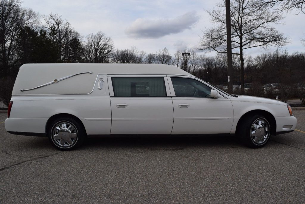 VERY NICE 2004 Cadillac Deville Hearse