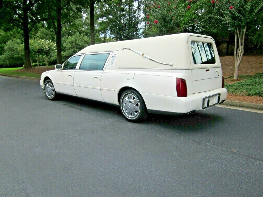some issues 2002 Cadillac S&S MEDALIST hearse